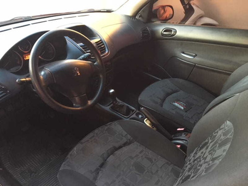 peugeot 207 hatch xr 1.4 8v flex 2p 2010
