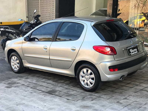 peugeot 207 hatch xr-sport 1.4 8v flex 4p 2011