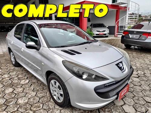 peugeot 207 sedan xr 1.4 2011 completo (financia total)