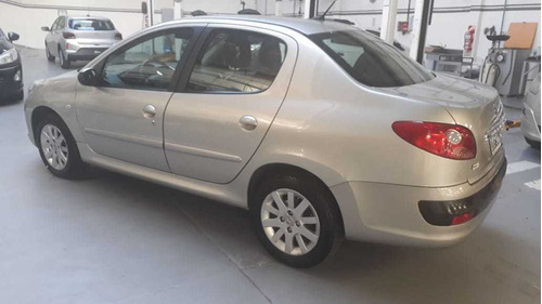 peugeot 207 xt compact 1.6 impecable   forestcar balbin #5