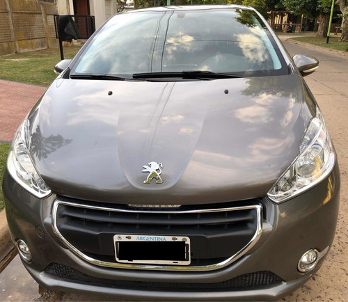 peugeot 208 1.5 allure touchscreen 2013