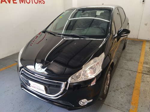 peugeot 208 1.5 allure touchscreen 2014 ncr