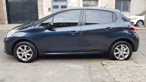peugeot 208 1.5 allure touchscreen 2016 impecable!!!!!!!