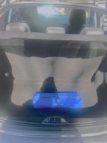 peugeot 208 1.6 allure touchscreen 2014