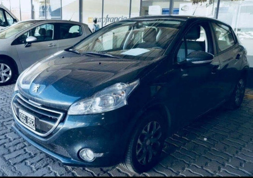 peugeot 208 1.6 allure touchscreen 2015