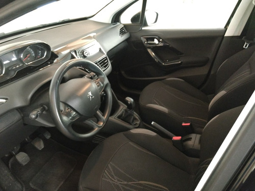 peugeot 208  active 1.6  bluetooth