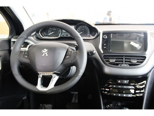 peugeot 208 allure 1.2 manual completo2018