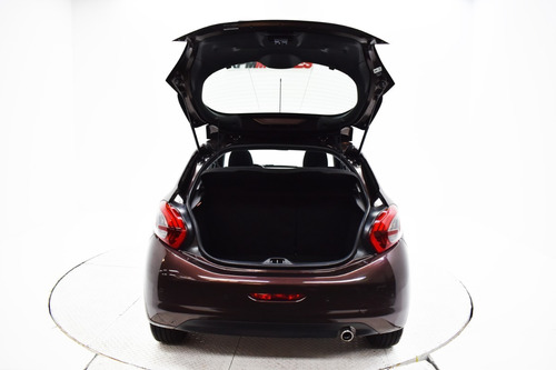 peugeot 208 allure 1.6 mt nav 2017 rpm moviles