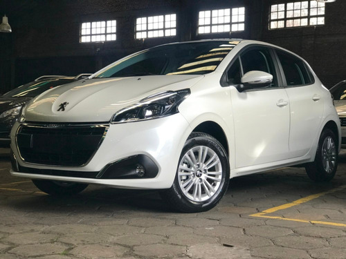 peugeot 208 allure 1.6 stock am20