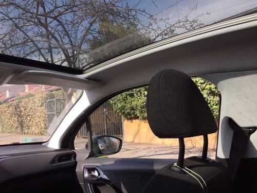 peugeot 208 allure 1.6 vti 3 puertas km originales-un dueño