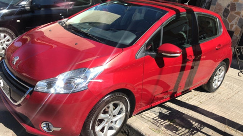 peugeot 208 allure touch screen impecable  pedyautos