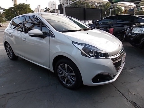 peugeot 208 griffe at