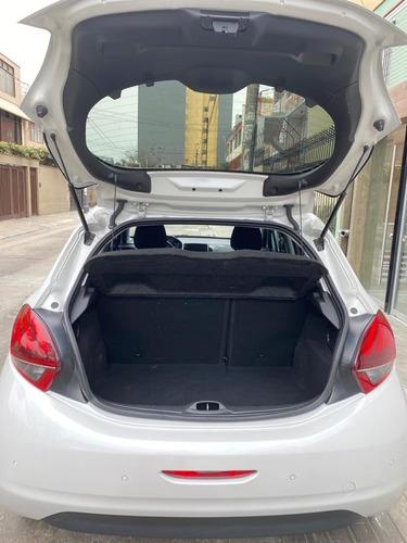 peugeot 208 hatchback automático secuencial