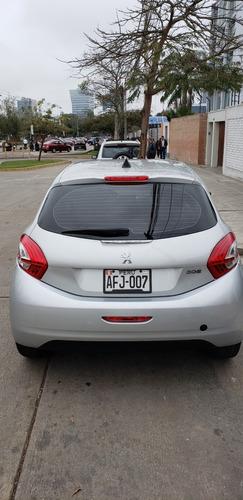 peugeot 208 modelo 2015 año 2014