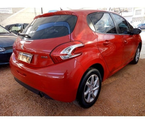 peugeot 208 touch gps 1.5 2014