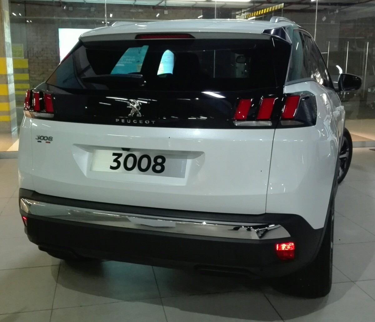 3008 Diesel. Peugeot 3008 Hybrid4 Diesel Hybrid First