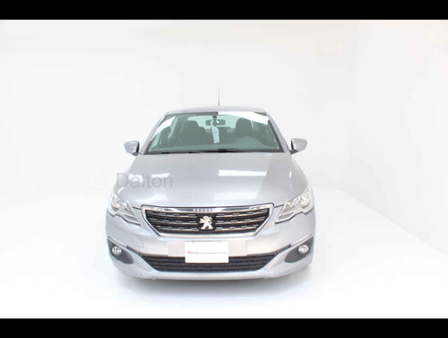 peugeot 301 2018 4 cilindros