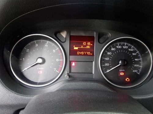 peugeot 301 hdi allure diesel -permuto -