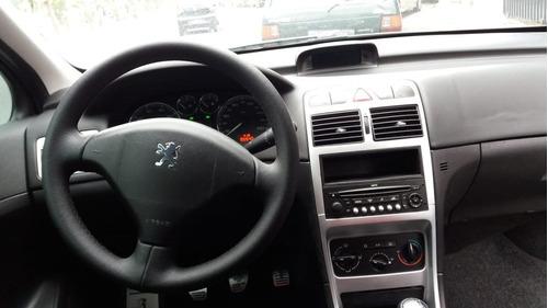 peugeot 307 1.6 presence sedan 16v flex 4p manual