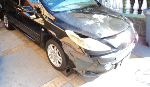peugeot 307 1.6 sedan con siniestro  se vende entero