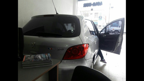peugeot 307 2009 xs premium full naft 2,0 tiptronic facili!!