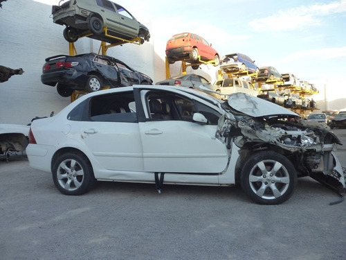 peugeot 307 accidentado,mod.2009,motor 2.0 ,automatico
