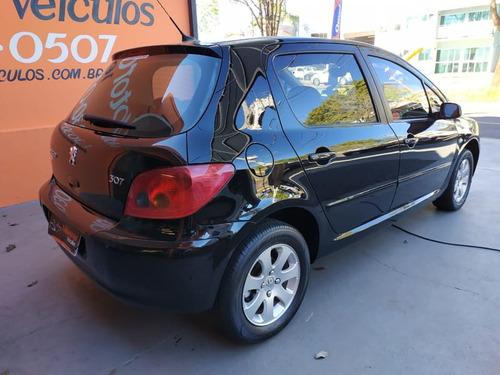 peugeot 307 hatch feline 2.0 16v(aut.) 4p  2005