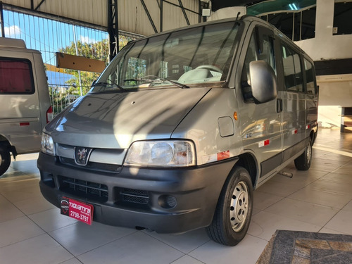 peugeot boxer 2.3 hdi 330 passageiro 16 lugares 8v diesel 3p