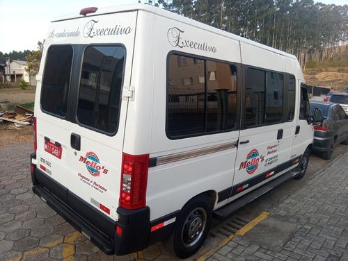 peugeot boxer minibus 2011 2.3 hdi 330m médio 15l 5p