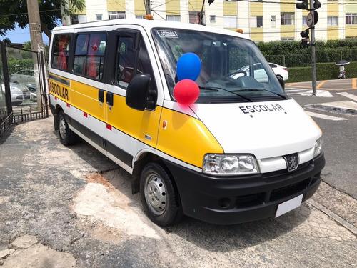 peugeot boxer minibus 2015 2.3 hdi 330m médio 15l 5p