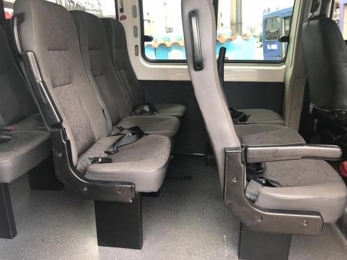 peugeot boxer minibus 2.3 hdi 15l 2011 c/ar