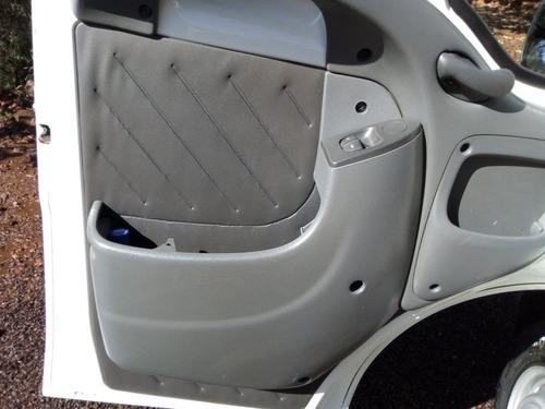 peugeot boxer minibus 2.3 hdi 330m médio 15l 5p 2015