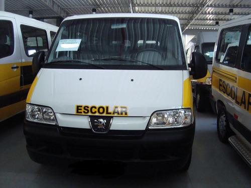 peugeot boxer minibus 2.3 hdi 330m médio 15l 5p