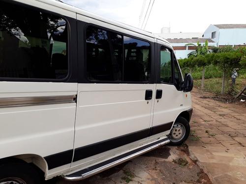 peugeot boxer minibus 2.3 hdi 330m médio 16l