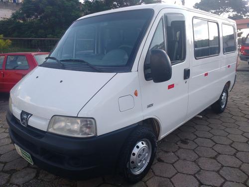 peugeot boxer minibus 2.8 hdi 330m 16l 5p