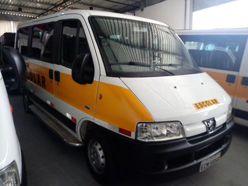 peugeot boxer minibus