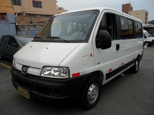 peugeot boxer minibus completa c/ ar condic. 14/14  n~ducato