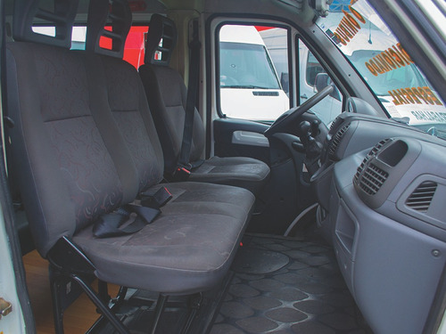 peugeot boxer ônibus