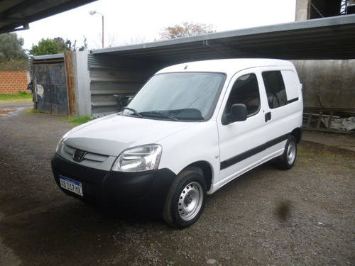 peugeot partner 1.4 furgon confort 5as