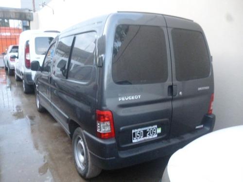 peugeot partner 1,4 furgon equip 2011 aire y direccion 1 plc