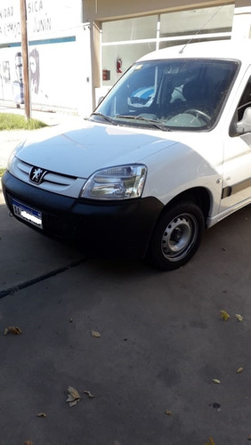 peugeot partner 1.6 hdi confort 5as impecable ingrassia