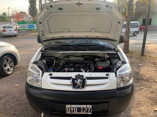 peugeot partner 1.6 hdi furgon confort 2015   44504904