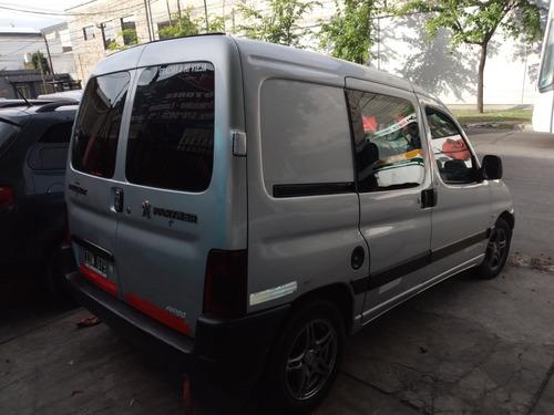 peugeot partner 1.9 confort  2010 financio (aty automotores)