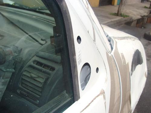 peugeot partner  2005  por partes desarmo piezas refacciones