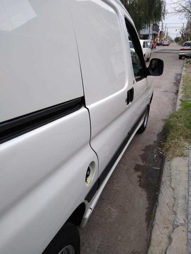 peugeot partner 2013 1.6 hdi furgon presence aa