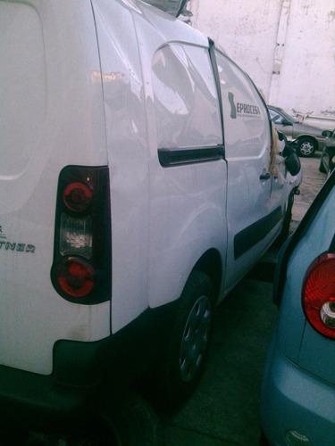 peugeot partner 2014 diesel venta de refacciones