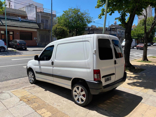 peugeot partner 2015 1.6 hdi furgon presence aa