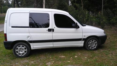 peugeot partner berlingo  1.9 diesel con dirección 2005 fior