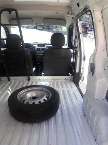 peugeot partner confort furgon hdi 2016 1er dueño liquido!!!