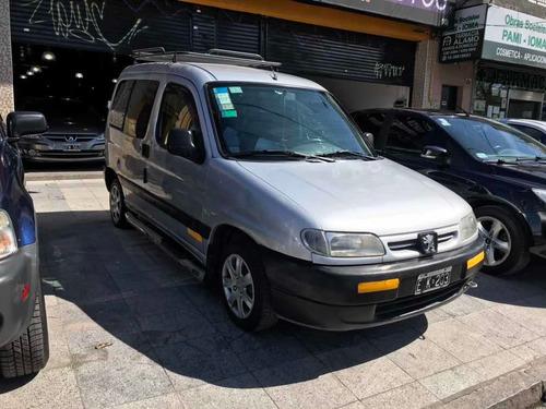 peugeot partner familiar 1.9 d 2005 precio lista 400000 peso